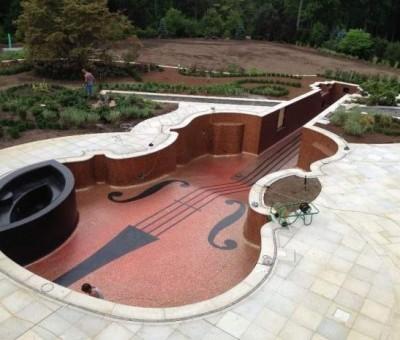 Um Stradivarius na piscina!